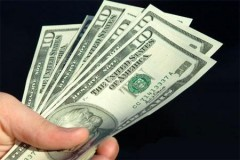 Впервые с марта курс доллара превысил 60 рублей