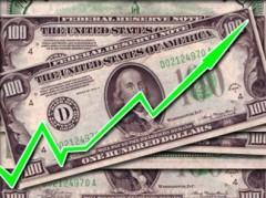 Впервые с декабря 2014 года доллар подскочил выше 77 рублей