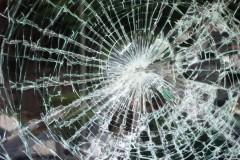 На Кубани водитель KIA Rio погиб в ДТП с деревом