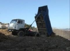 В Хосте задержали водителя «Камаза» , назаконно сбрасывающего строительный мусор