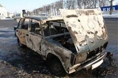 В Ставрополе пьяный угонщик сжег автомобиль, бросив в салоне