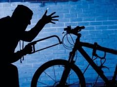 В Сочи задержали рецидивиста, укравшего 2 велосипеда и обчистившего машину