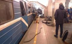 В Кремле назвали теракт в Петербурге вызовом для каждого россиянина, включая президента