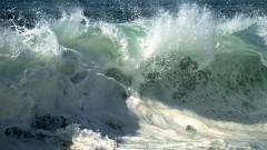 Морякам, пострадавшим при крушении сухогруза в Черном море, оказывают необходимую помощь