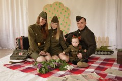 Ребята посвятили фотосессию 72 годовщине Великой Победы
