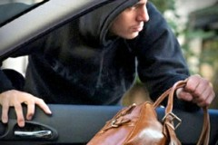 В Краснодаре задержали двоих мужчин по подозрению в краже из припаркованного автомобиля