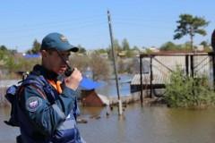 Спасатели МЧС России продолжают восстановительные работы в пострадавших от паводка районах Тюменской области