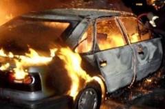 Под Тюменью иномарка врезалась в дерево, три человека сгорели