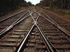 Cкоростной поезд задел электричку возле Курского вокзала в Москве