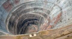 В Якутии спасатели подняли на поверхность 147 горняков из затопленной шахты на алмазном руднике «Мир»
