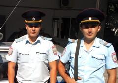 В Усть-Лабинске бойцы Росгвардии оказали помощь при пожаре в аптеке