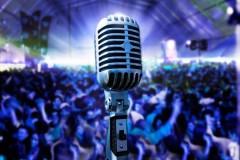 Ученики школы для детей с проблемами слуха дали концерт в Армавире