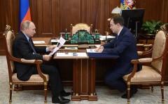 Владимир Путин обсудил с Мединским итоги работы Минкультуры за 9 месяцев