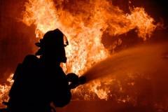 В Ржеве мужчина погиб при пожаре в собственном доме