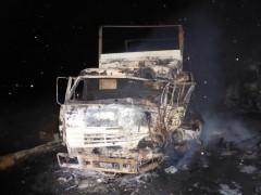 В Кетченеровском районе Калмыкии столкнулись и загорелись два грузовика