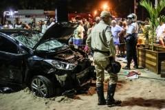 В Рио автомобиль въехал в толпу, один погибший, 15 пострадавших