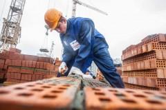 Исследование: 9% «белых воротничков» ЮФО готовы освоить рабочие профессии