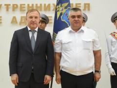 Глава Адыгеи поощрил отличившихся сотрудников республиканской полиции