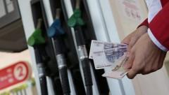 Игорь Сечин назвал причины роста цен на бензин