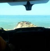 На сочинском пляже «Красный штурм» спасатели помогли 29-летней девушке