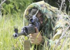 Снайперы ЮВО учатся уничтожать легкобронированную технику из крупнокалиберной винтовки