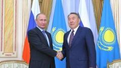 Путин провел переговоры по телефону с Назарбаевым