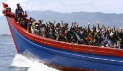 В Испании разрешили причалить судну с 87 мигрантами