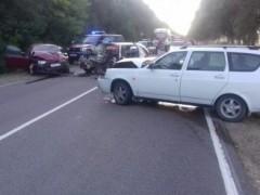 При ДТП с участием трех машин в Павловском районе Кубани пострадали три человека
