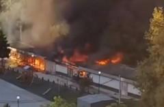 В Дагомысе сгорел склад скутеров