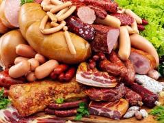 Производители колбасы попросили правительство помочь повысить цены