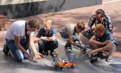 Роботы, химические опыты и живые картины покорили гостей фестиваля «Слияние» в Невинномысске