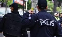 В Стамбуле мужчина взял в заложники учительницу
