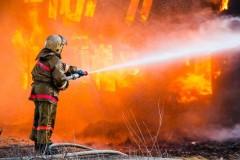 МЧС: В центре Пензы загорелась летняя веранда кафе