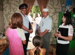 Полицейские Адыгеи посетили 110 неблагополучных семей